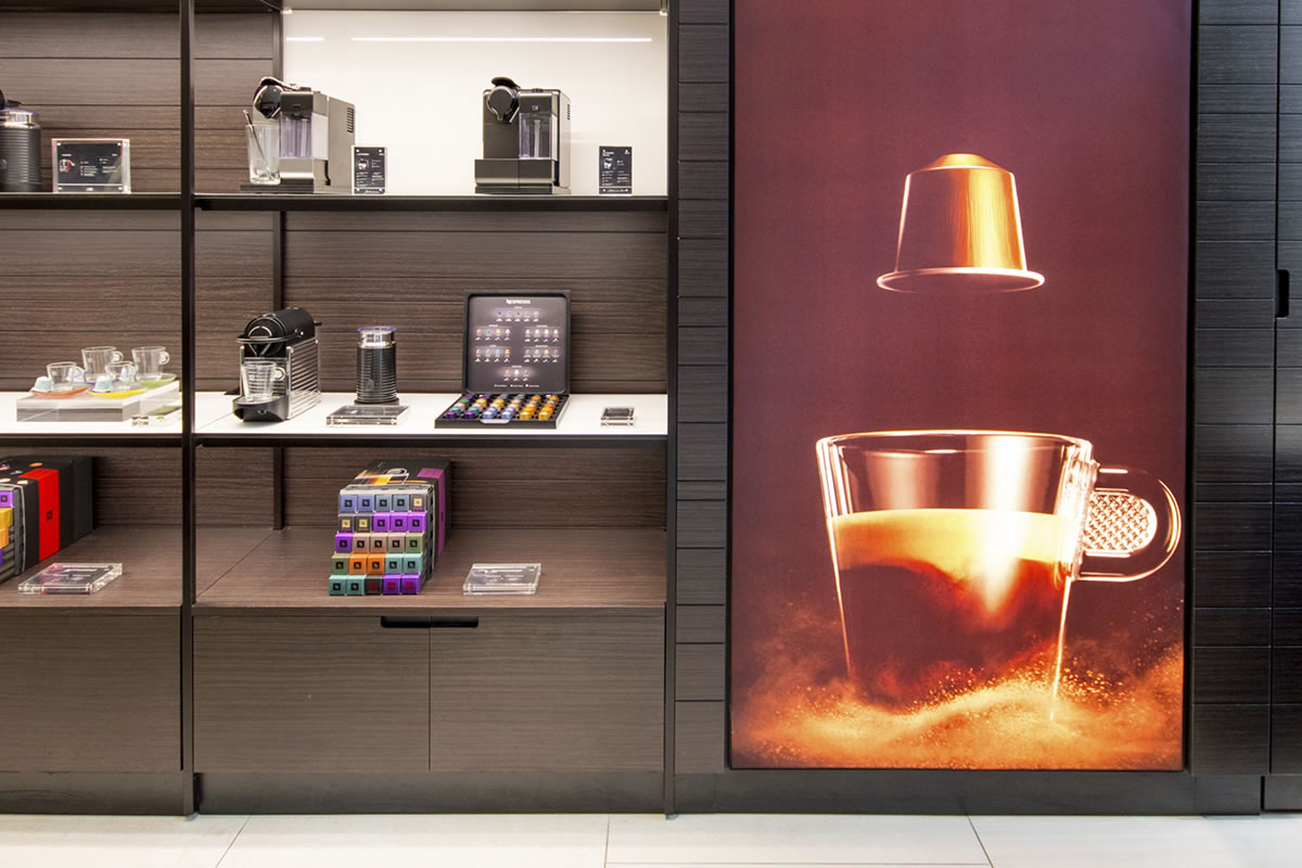 signs-displays-lightboxes-highlight-1